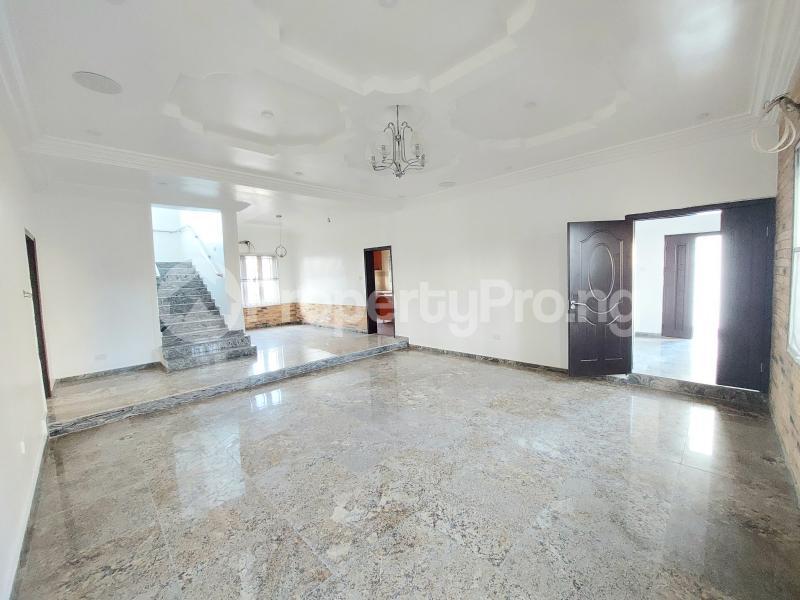 5 bedroom Detached Duplex for sale Lekky County Estate chevron Lekki Lagos - 4