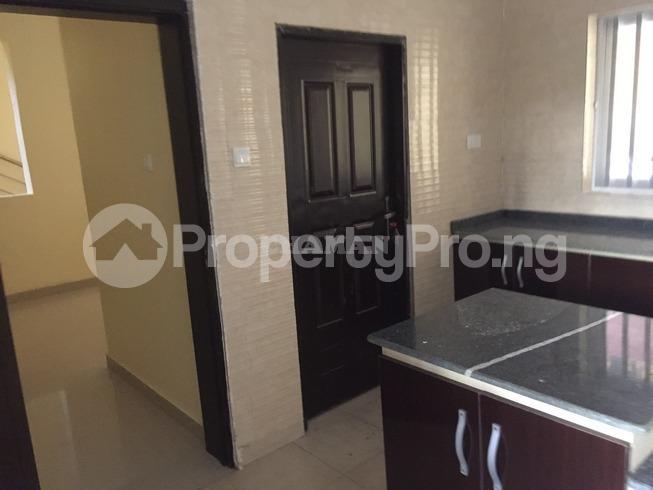 5 bedroom Semi Detached Duplex House for rent estate Adeniyi Jones Ikeja Lagos - 15