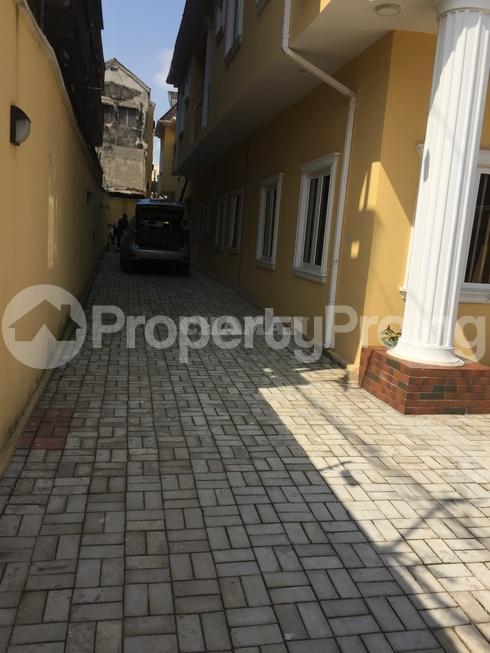 5 bedroom Semi Detached Duplex House for rent estate Adeniyi Jones Ikeja Lagos - 5