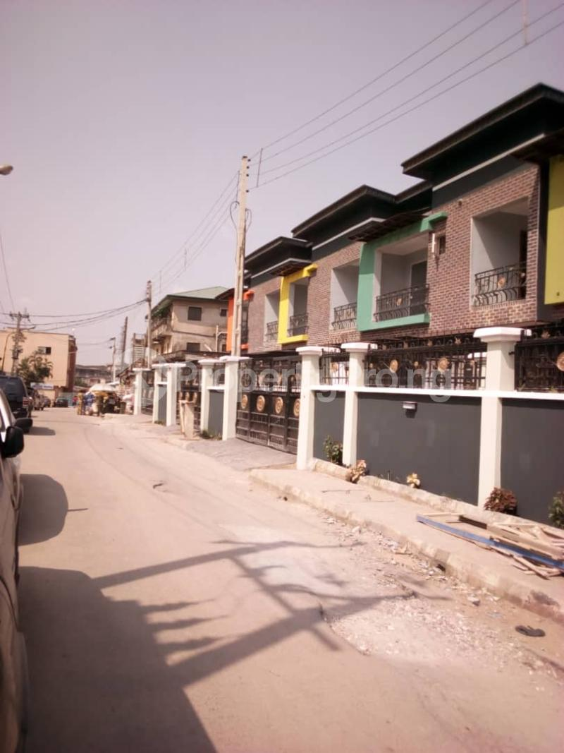 5 bedroom Semi Detached Duplex House for sale - Alapere Kosofe/Ikosi Lagos - 17