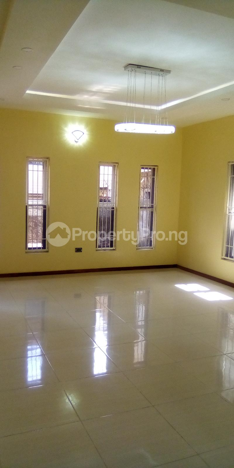 5 bedroom Detached Duplex for sale Southern View Oral Estate Lekki Lagos - 4