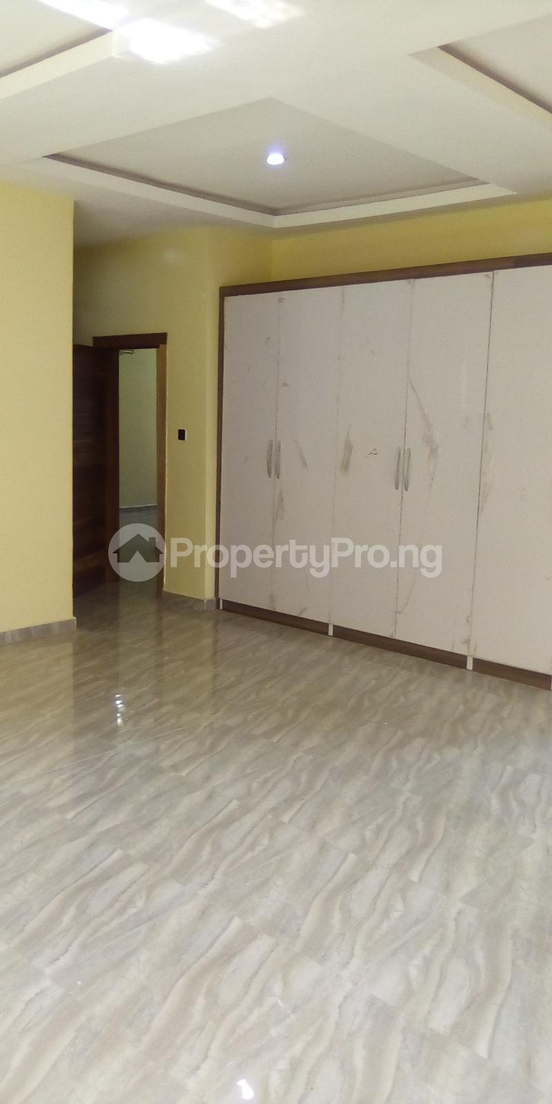 5 bedroom Detached Duplex for sale Southern View Oral Estate Lekki Lagos - 9