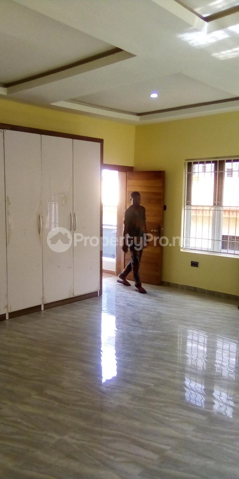 5 bedroom Detached Duplex for sale Southern View Oral Estate Lekki Lagos - 8