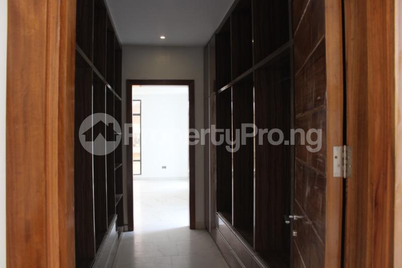 5 bedroom Detached Duplex House for sale by Chevron head office, chevron Lekki Lagos - 13