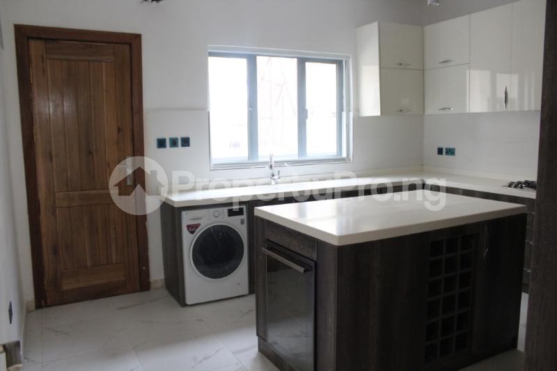 5 bedroom Detached Duplex House for sale by Chevron head office, chevron Lekki Lagos - 24