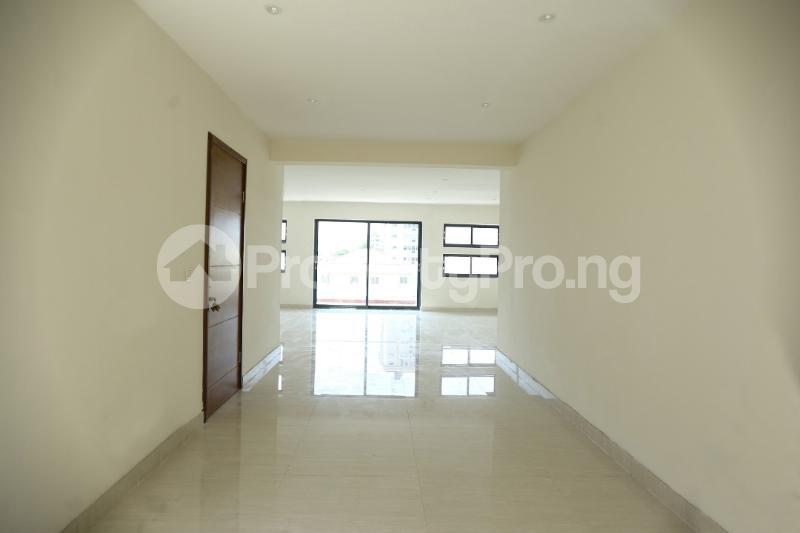 5 bedroom Terraced Duplex House for sale Dideolu Estate Ligali Ayorinde Victoria Island Lagos - 1