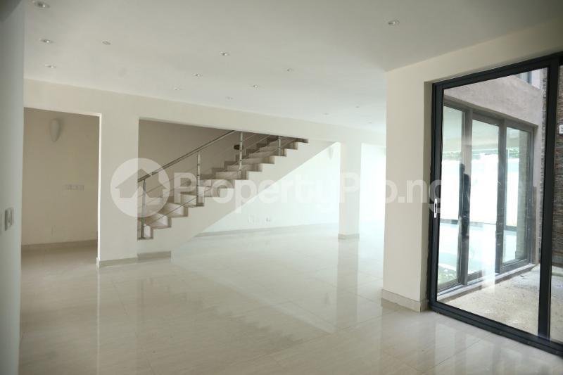 5 bedroom Terraced Duplex House for sale Dideolu Estate Ligali Ayorinde Victoria Island Lagos - 2