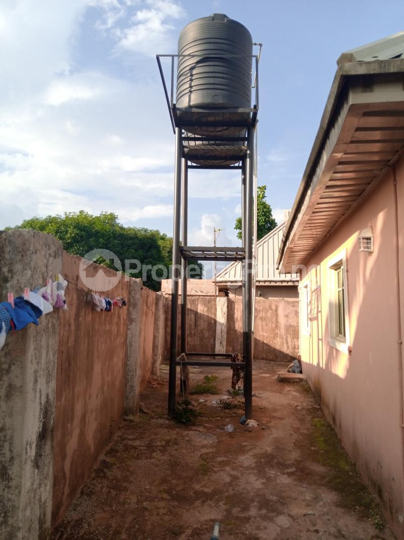 Blocks of Flats House for sale Upper Ekenwan road,  Ugbiyoku  Oredo Edo - 4