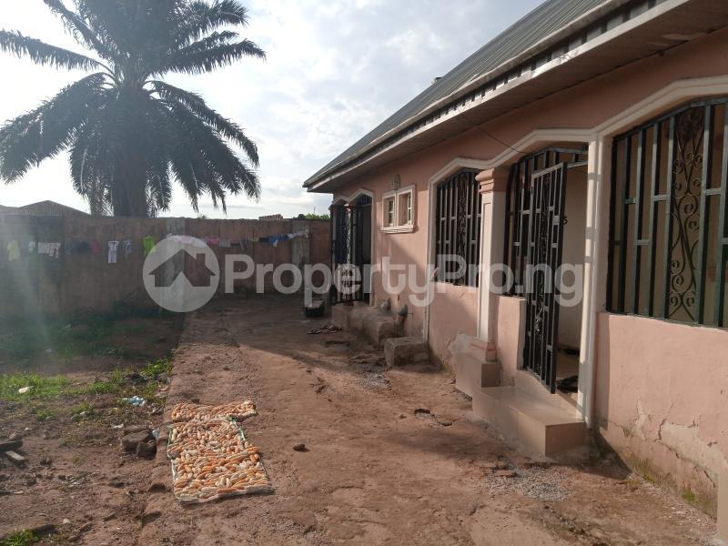 Blocks of Flats House for sale Upper Ekenwan road,  Ugbiyoku  Oredo Edo - 3