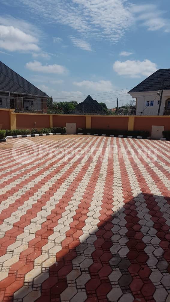 5 bedroom Duplex for sale Fidelity estate phase2 GRA Enugu state. Enugu East Enugu - 8