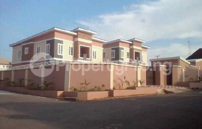 5 bedroom Duplex for sale Fidelity estate phase2 GRA Enugu state. Enugu East Enugu - 1