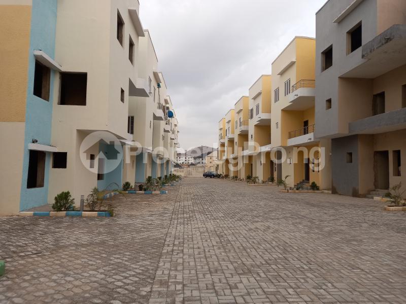 6 bedroom Terraced Duplex House for sale Wuye Abuja - 3