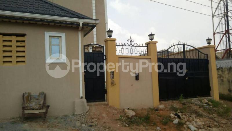 6 bedroom Blocks of Flats for sale Eyita Ikorodu Ikorodu Lagos - 6