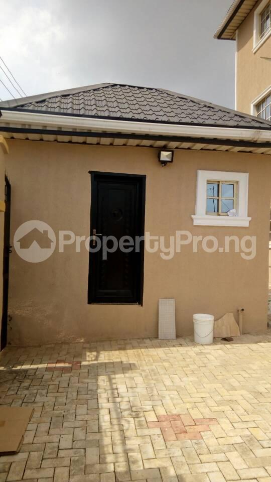 6 bedroom Blocks of Flats for sale Eyita Ikorodu Ikorodu Lagos - 13