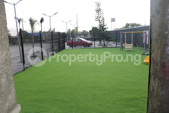 4 bedroom Terraced Duplex House for sale VGC Lekki Lagos - 35