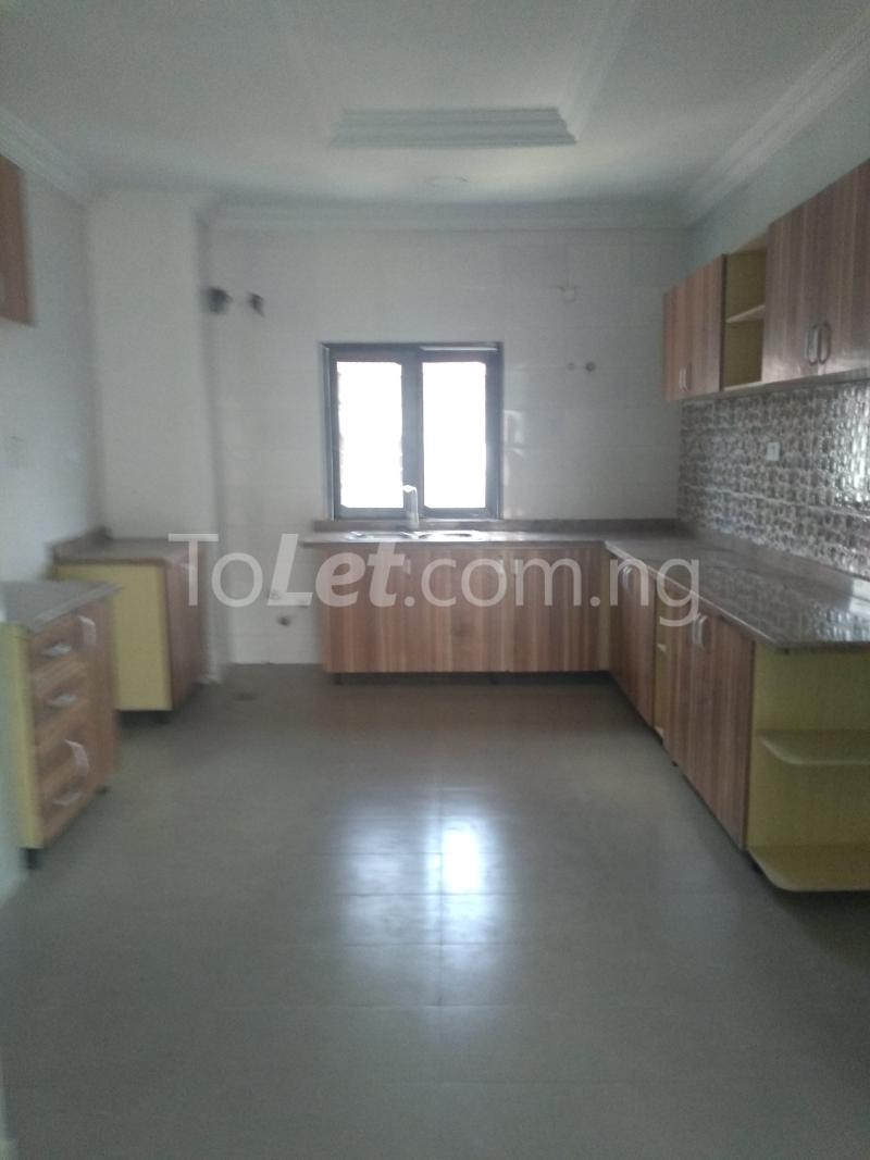 3 bedroom Flat / Apartment for sale Sabo Sabo Yaba Lagos - 4
