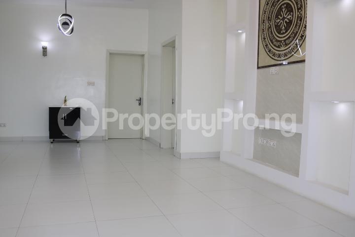 3 bedroom Detached Bungalow House for sale Thomas Estate Thomas estate Ajah Lagos - 12