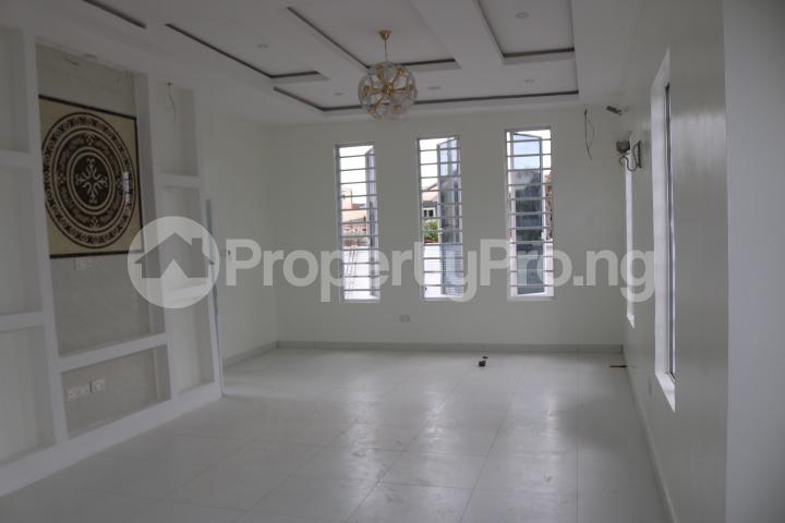 3 bedroom House for sale Thomas Estate Ajah Lagos - 8