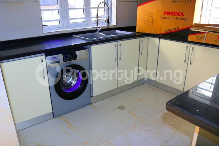 5 bedroom Detached Duplex House for sale Megamound Estate Lekki Lagos - 31