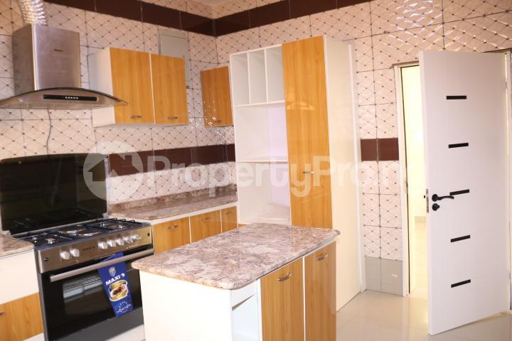 4 bedroom Semi Detached Duplex House for sale Thomas Estate Thomas estate Ajah Lagos - 20