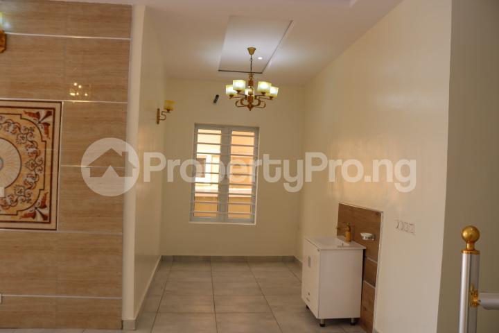 4 bedroom Semi Detached Duplex House for sale Thomas Estate Thomas estate Ajah Lagos - 13