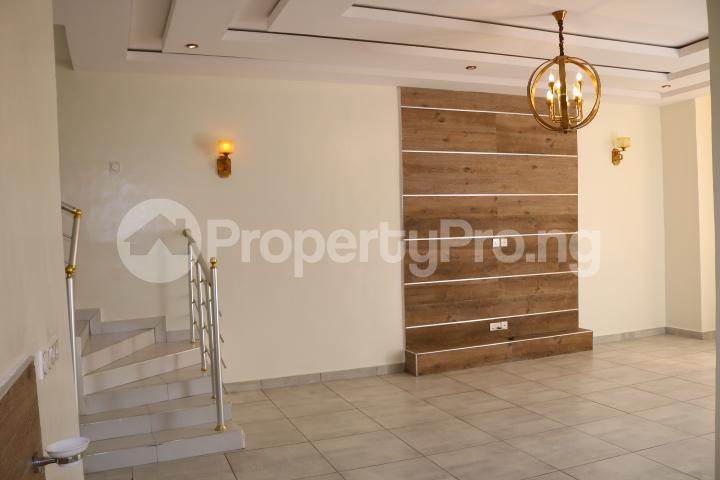 4 bedroom Semi Detached Duplex House for sale Thomas Estate Thomas estate Ajah Lagos - 12