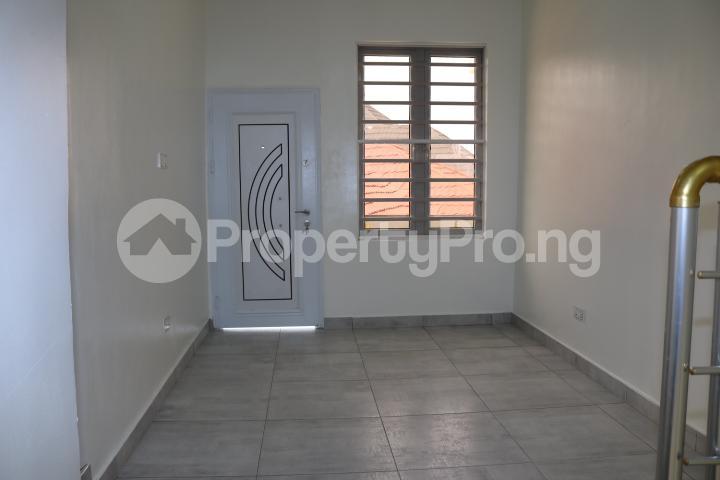 4 bedroom Semi Detached Duplex House for sale Thomas Estate Thomas estate Ajah Lagos - 36