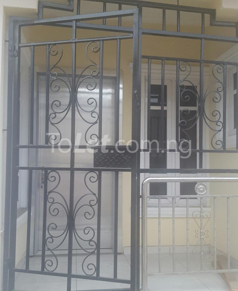 3 bedroom Flat / Apartment for rent Surulere Lagos Ojuelegba Surulere Lagos - 7