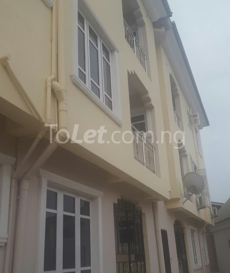 3 bedroom Flat / Apartment for rent Surulere Lagos Ojuelegba Surulere Lagos - 5