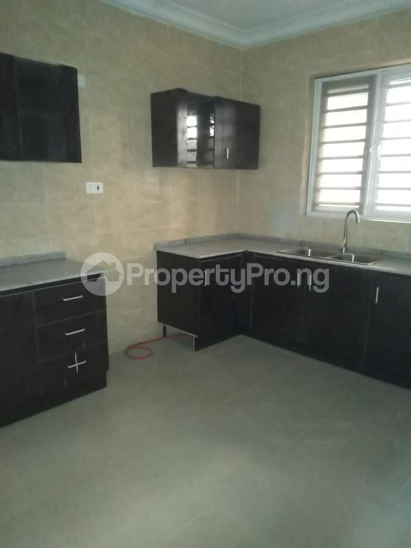 4 bedroom Terraced Duplex House for rent Alagomeji  Alagomeji Yaba Lagos - 6