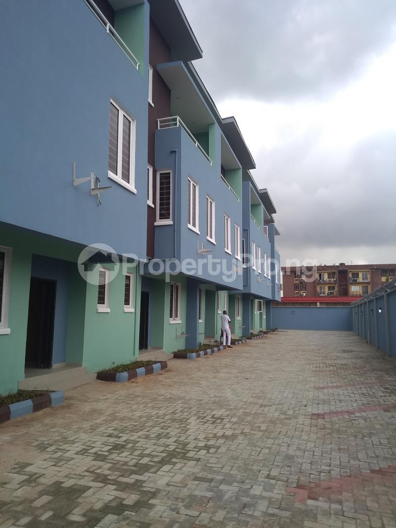 4 bedroom Terraced Duplex House for rent Alagomeji  Alagomeji Yaba Lagos - 0