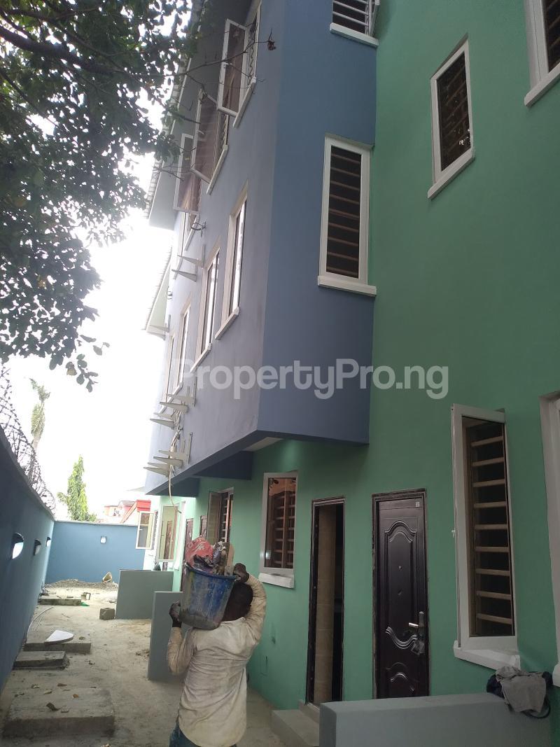 4 bedroom Terraced Duplex House for rent Alagomeji  Alagomeji Yaba Lagos - 2