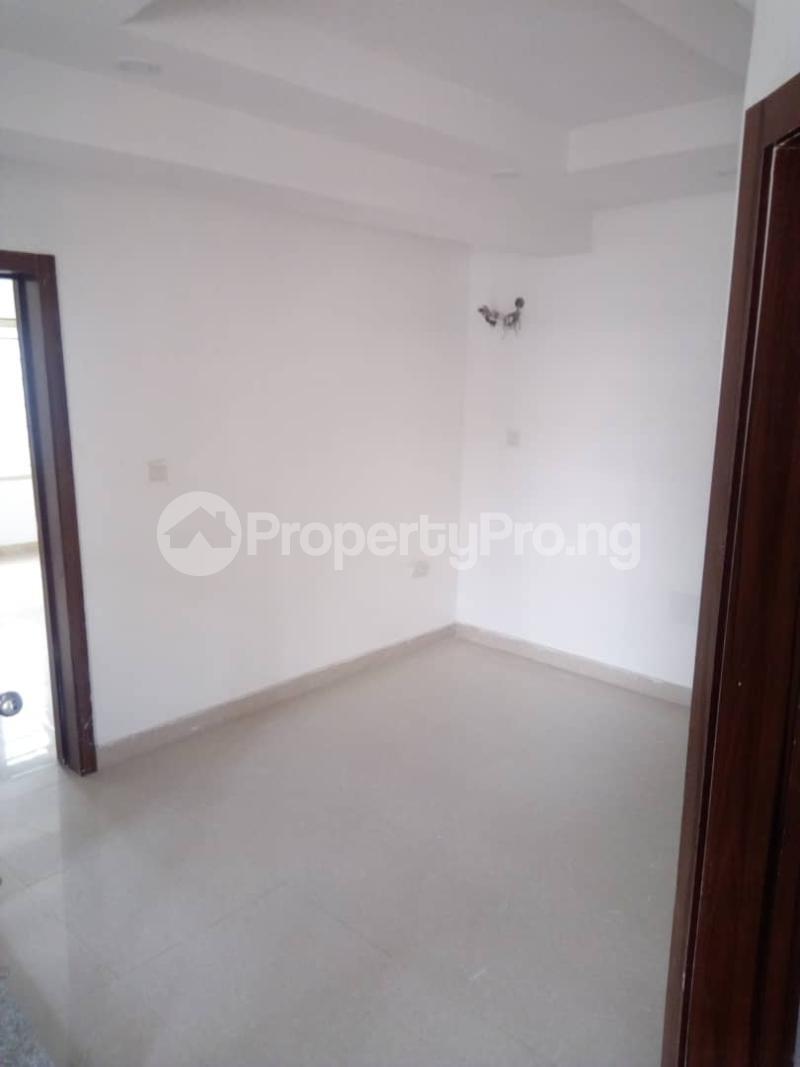 4 bedroom Terraced Duplex House for sale - Iponri Surulere Lagos - 11
