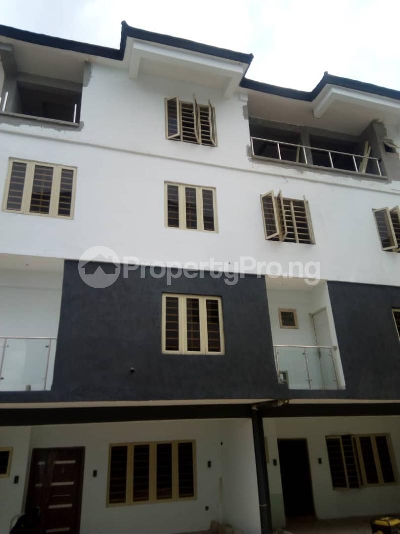 4 bedroom Terraced Duplex House for sale - Iponri Surulere Lagos - 0