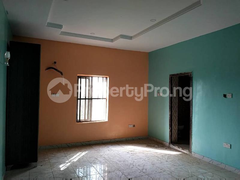 4 bedroom Detached Duplex House for sale Omole Phase 2 Toyin street Ikeja Lagos - 5