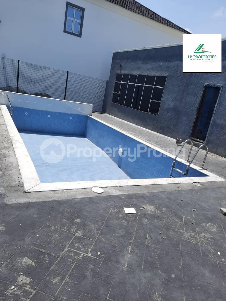 4 bedroom Terraced Duplex House for sale 2nd toll gate  Lekki Phase 2 Lekki Lagos - 1