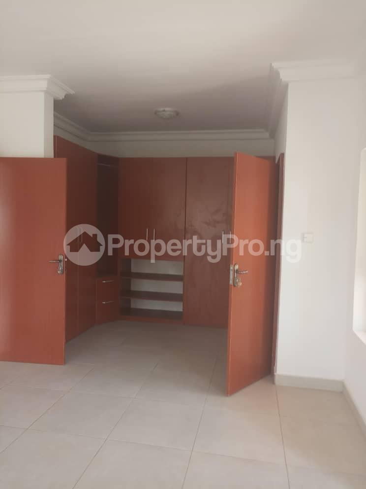 4 bedroom Semi Detached Duplex House for sale Alperton Estate, Jakande Lekki Lagos - 8