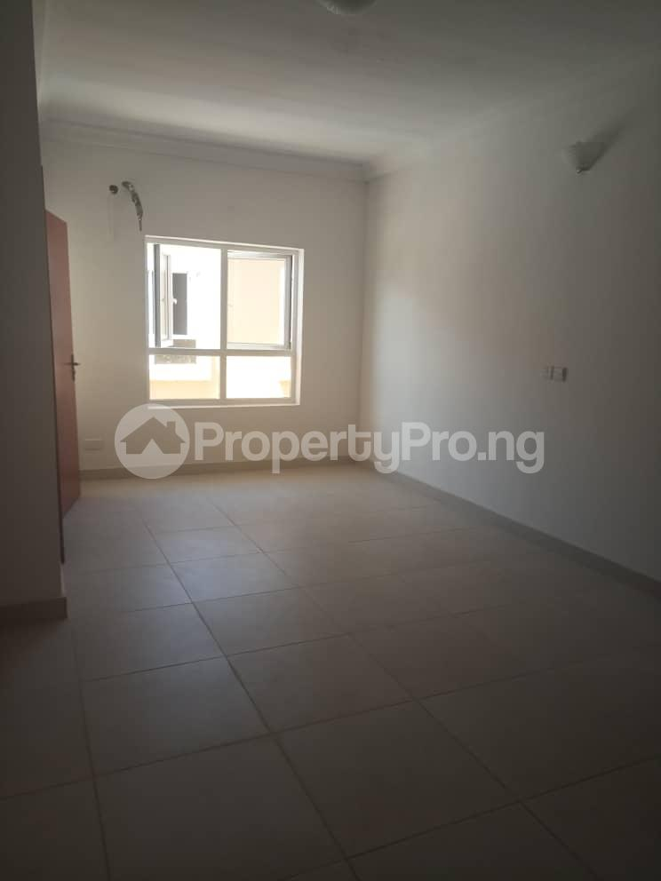 4 bedroom Semi Detached Duplex House for sale Alperton Estate, Jakande Lekki Lagos - 7