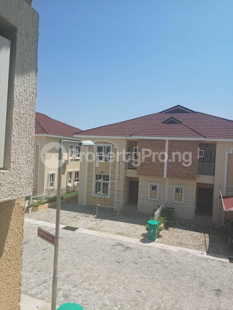 4 bedroom Semi Detached Duplex House for sale Alperton Estate, Jakande Lekki Lagos - 0