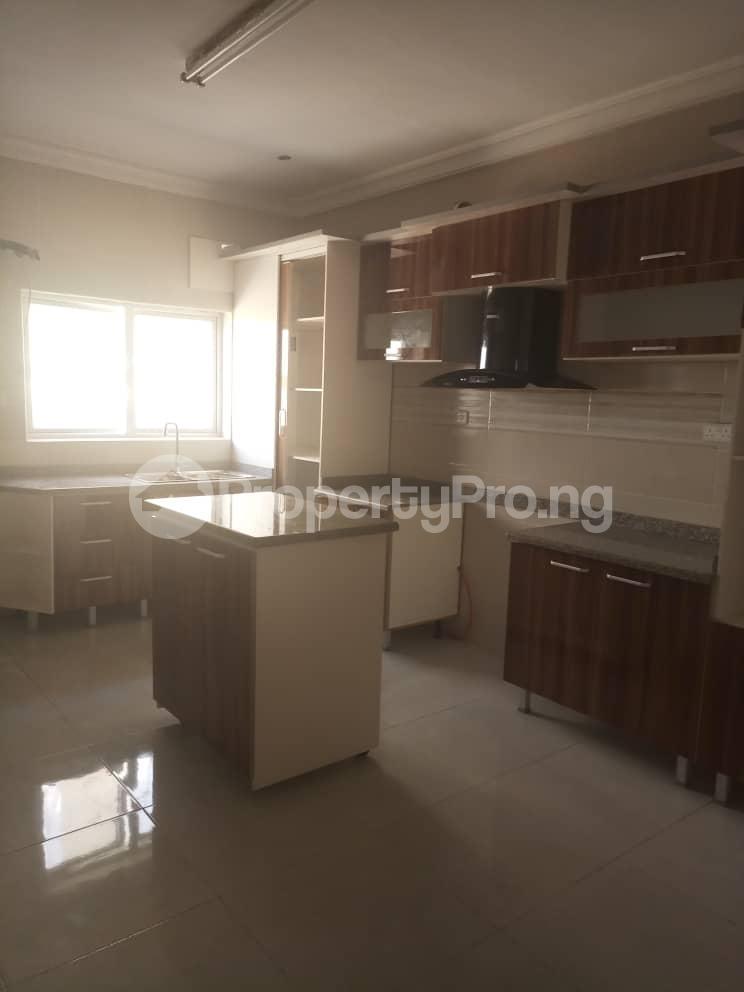 4 bedroom Semi Detached Duplex House for sale Alperton Estate, Jakande Lekki Lagos - 6
