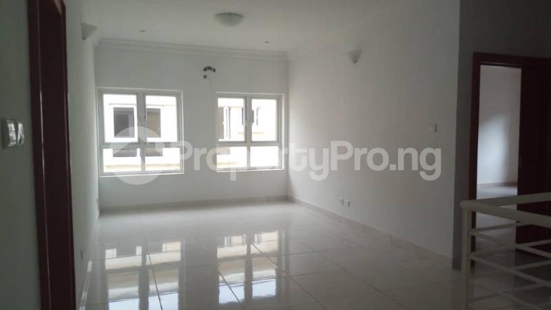 4 bedroom Semi Detached Duplex House for sale Alperton estate Osapa london Lekki Lagos - 8