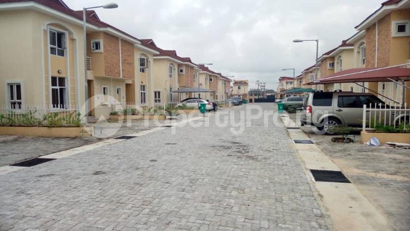 4 bedroom Semi Detached Duplex House for sale Alperton estate Osapa london Lekki Lagos - 13