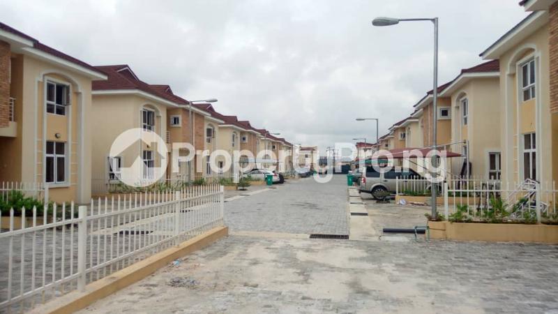4 bedroom Semi Detached Duplex House for sale Alperton estate Osapa london Lekki Lagos - 3