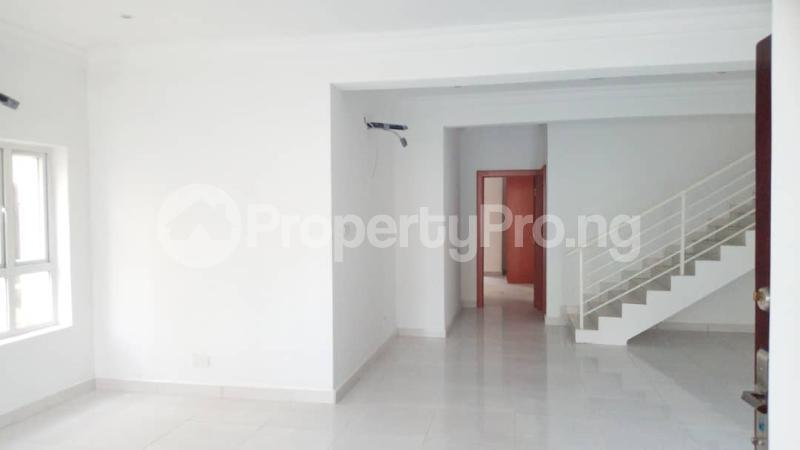4 bedroom Semi Detached Duplex House for sale Alperton estate Osapa london Lekki Lagos - 10