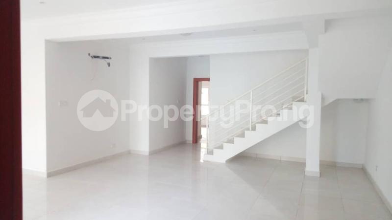 4 bedroom Semi Detached Duplex House for sale Alperton estate Osapa london Lekki Lagos - 0