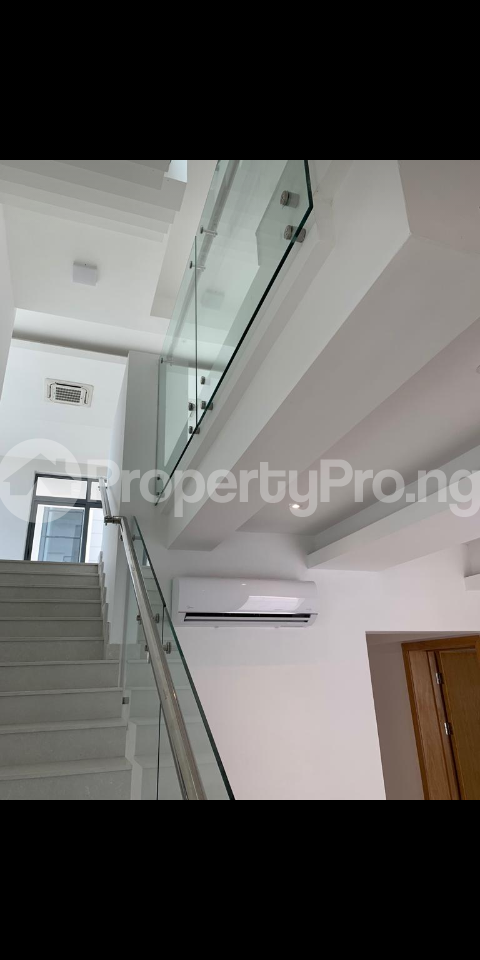 4 bedroom Detached Duplex House for sale Shoreline drive off Turnbull Ikoyi Lagos - 17