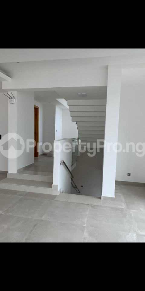 4 bedroom Detached Duplex House for sale Shoreline drive off Turnbull Ikoyi Lagos - 4