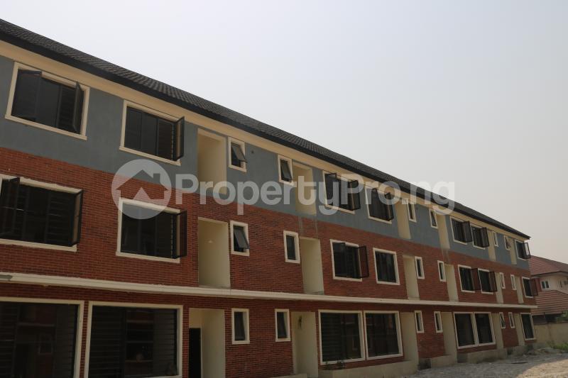 4 bedroom Terraced Duplex House for sale Osapa london Lekki Lagos - 1