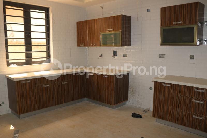 4 bedroom Terraced Duplex House for sale Osapa london Lekki Lagos - 11