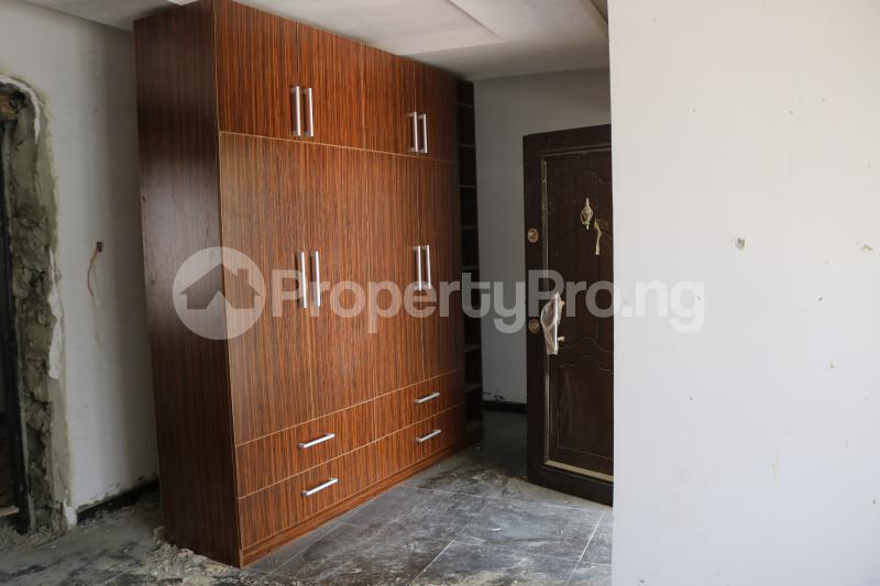 4 bedroom Terraced Duplex House for sale Osapa london Lekki Lagos - 17